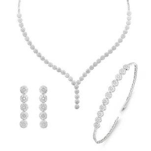 High quality silver jewelry set with diamond stones